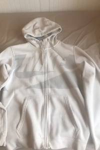 Men's nike hoodie size small Chilliwack