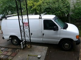 2003 - Ford - E-Series van was in an accident duri