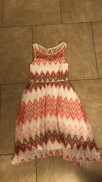 women's pink and white sleeveless dress Las Vegas, 89129
