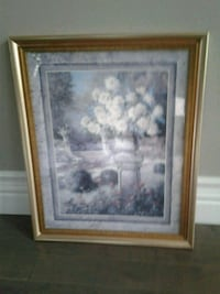 Gold frame picture Kitchener, N2K 4J7