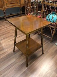 Vintage/Accent Table Vancouver, V5R 3T8
