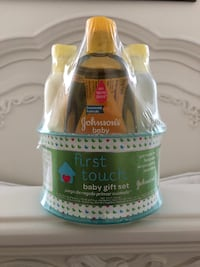 Johnson's Baby First Touch Baby Gift Set Nashville