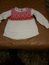 Old navy Sweater sz 4t  Toronto, M9C 4K9