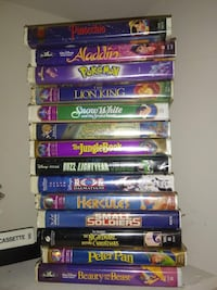 Assorted vhs classic collections  Warsaw, 41095