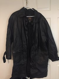 Men's genuine leather jacket size large/xl