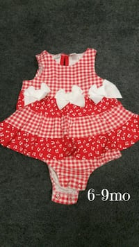 Like new size 6-9mo baby girls $5 Monroeville, 15146