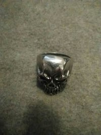silver-colored skull ring Red Deer, T4N 4L5