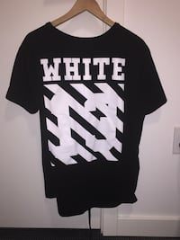 Off white tee shirt. Size Large. Fits like a medium. 8/10 condition Vancouver, V6B