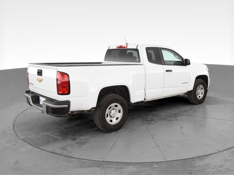 2018 Chevy Chevrolet Colorado Extended Cab pickup Work Truck Pickup 2D ebf07fb3-3708-4009-bf7d-11c307e1587f