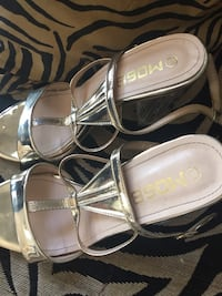 pair of gray leather open toe ankle strap sandals Alexandria, 22309