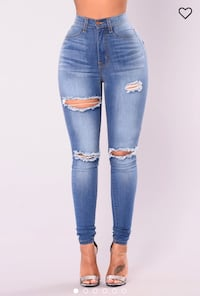 FASHION NOVA NEVER WORN JEANS Laval, H7R 3N2