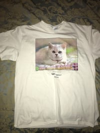White cat printed crew-neck shirt Fayetteville, 30215