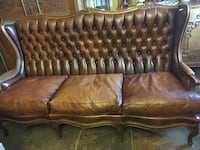 Leather tufted couch 1332 mi