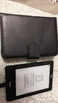 Kobo touch original with case Surrey, V4N 3W2