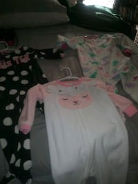 Little girl sleepers from Carters size 2t. Barely worn