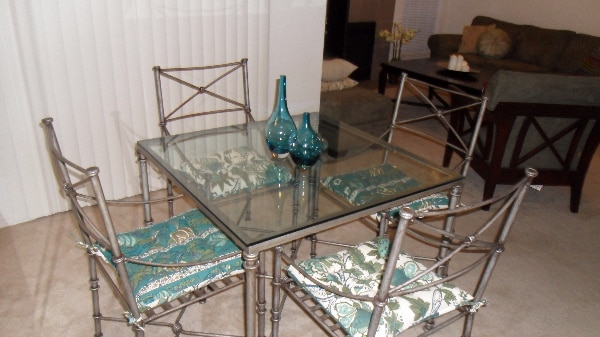 Pier 1 Medici Wrought Iron Gl Table With 4 Chairs