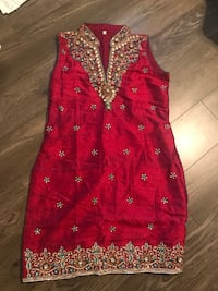 Indian suit. Worn once. Bought for $170 Coquitlam
