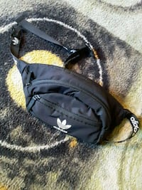 Adidas fanny pack Manchester, 03103