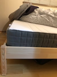 Queen size bed and mattress 2 months old must be able to pick up Vancouver