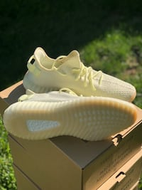 adidas yeezy boost Butter 350 size 10.5 Centreville, 20120