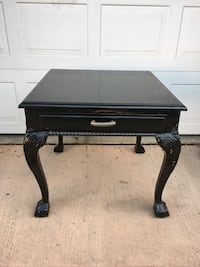 """Pretty table. It's a large end table, or a bit smaller coffee table. Very solid piece, with one drawer. Table top is 26.5"""" x 26.5"""", height is 24.5 San Marcos, 92078"""