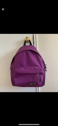 Purple backpack Alexandria, 22304