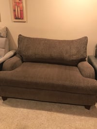 Chair and a half or loveseat Stafford, 22554