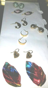 7 pairs of pierced earrings.  Harpers Ferry, 25425