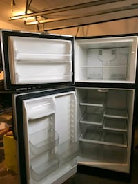 black top-mount refrigerator Rockville, 20852