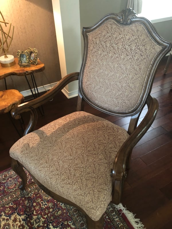 Two armchairs $350 each or $600 both 0