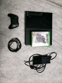 Xbox One w/5 games and controllee College Park, 20740