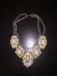 Women's silver and beige bib necklace New Brunswick, 08901