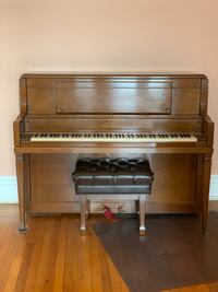 Steinway stand up piano