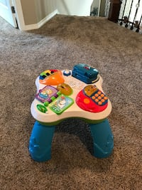 Fisher Price Laugh & Learn Musical Table LOVELAND