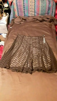 Lace brown skirt