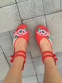 Cute Red Floral Wedges Size Women's 10 Los Angeles, 90732