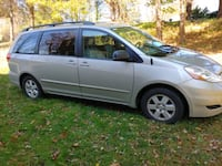 2007 Toyota Sienna ONLY 49,000 MILES New Milford