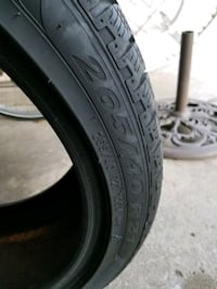 265/40/R21 Snow Tires from a Edge. Used one winter, stored upright.  Royal Oak, 48067