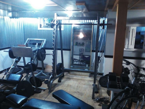 bf7f5f39c294 Used Smith machine 1295 purchased at workout fitness for sale in South  Portland - letgo