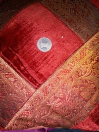 red and brown area rug Mumbai, 400072