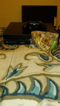 black Xbox 360 console with controller and game case Columbus, 43224