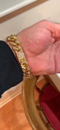 Iced out 18k gold plated bracelet. Hollow but looks awesome  Omaha, 68131