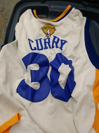 Golden State Warriors Curry Jersey small blemish o Surrey, V3W 1X8