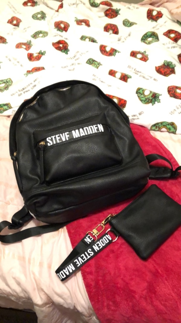 991e2e2b9832 Used black and red Harley-Davidson leather backpack for sale in Memphis -  letgo