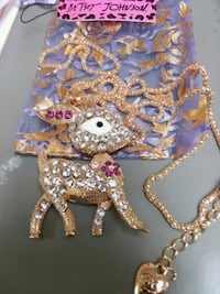 Beautiful REINDEER Pendant Necklace with Crystals* Bronx, 10472
