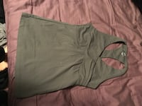Green work out top size small Calgary, T2J 3H8
