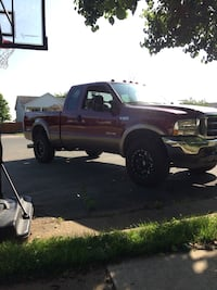 I have two 03 04 powerstroke grills forsale and stock 03 headlights  Bealeton, 22712