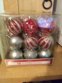 Brand new 18 pk red and silver balls