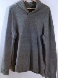 Marc Anthony size L Sweater Perris