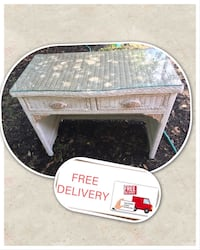 Wicker table desk glass table top - free same day delivery - i accept cash or money sent online  Jacksonville, 32256